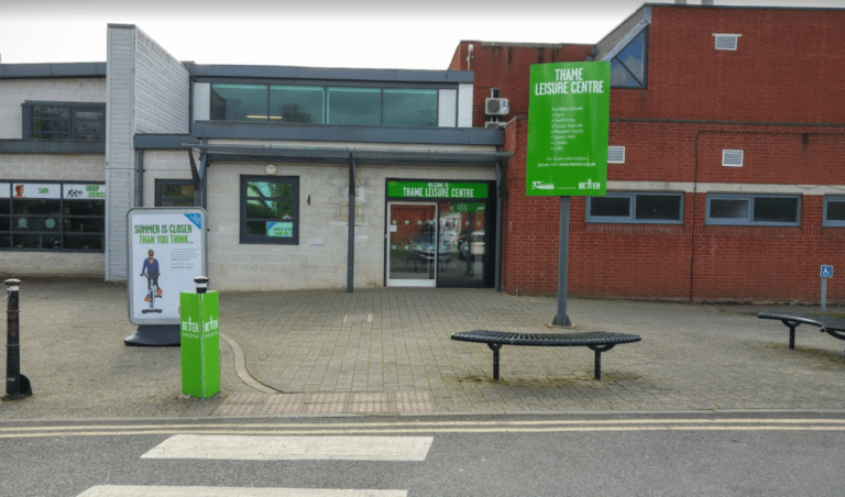 Thame Leisure Centre Image